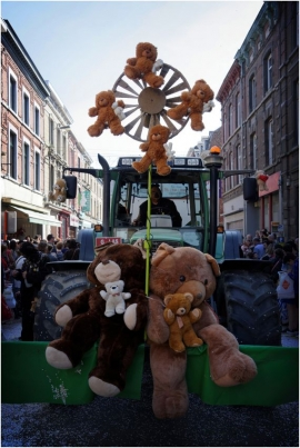 Carnaval des Ours, Andenne.